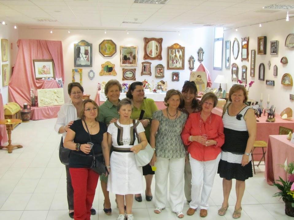 Exposición de las obras realizadas en el Aula de manualidades en el Centro Cultural Sanchinarro